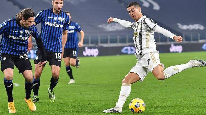 Ronaldo in azione contro il Parma