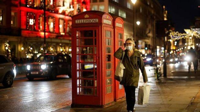 Covid, allerta massima nel Regno Unito (Ansa)