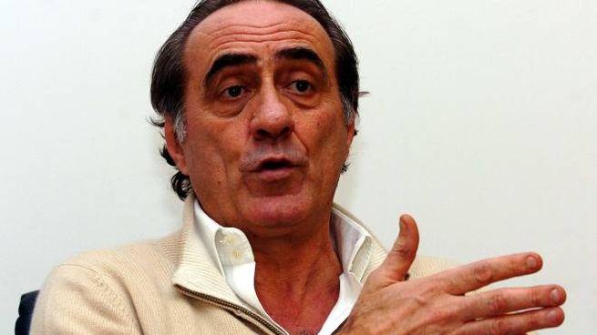 Mauro Bellugi, 70 anni compiuti lo scorso 7 febbraio, è da tutti molto apprezzato come commentatore tv e per la sua ironia: «Questa storia è peggio di un derby perso»