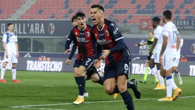 Bologna-Atalanta, la gioia di Paz dopo il gol del 2-2 (Ansa)