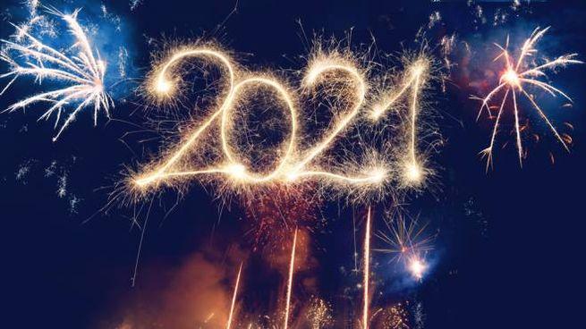 Tante immagini festose per fare gli auguri di buon 2021