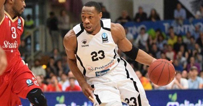 Dominique Sutton è un giocatore biancorosso: ha firmato un contratto fino al termine della stagione