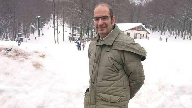 Immagine simbolo di questi giorni: piste piene di neve, ma senza sciatori