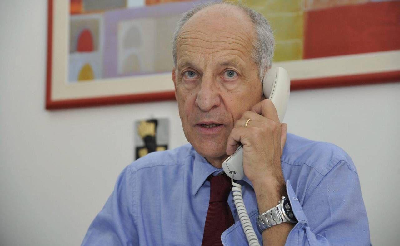 Il dottor Alberto Tomasi, referente Asl: in vista un nuovo bando per reclutare altri medici Covid nelle scuole