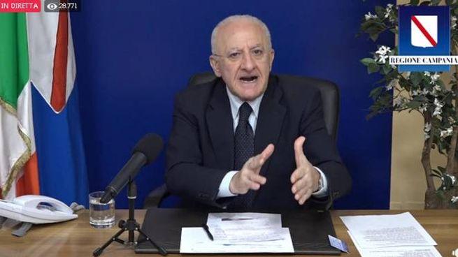 Il governatore della Campania, Vincenzo De Luca (Ansa)