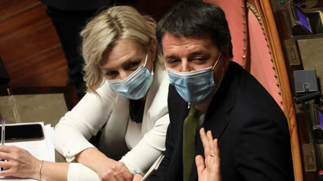 Renzi in Senato durante il voto di fiducia (ImagoE)