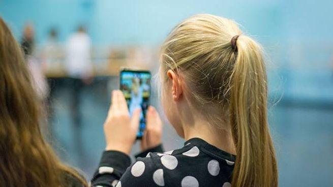 Applicazioni sul cellulare usate dai ragazzi