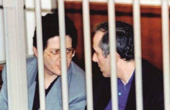 Fabio e Roberto Savi durante il processo riminese che li vide condannati all'ergastolo