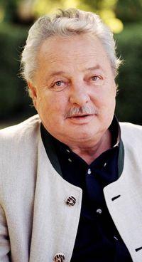 Gernot Langes-Swarovski,77 anni