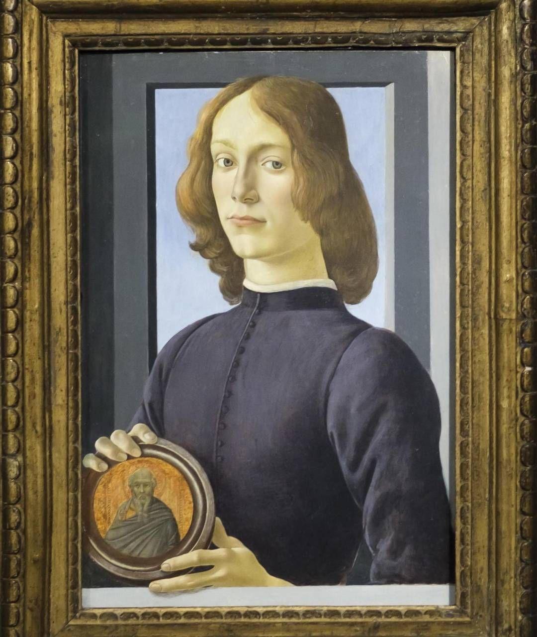 """Ritratto di giovane con tondello"""" di Sandro Botticelli, dipinto tra il 1482 e il 1485"""
