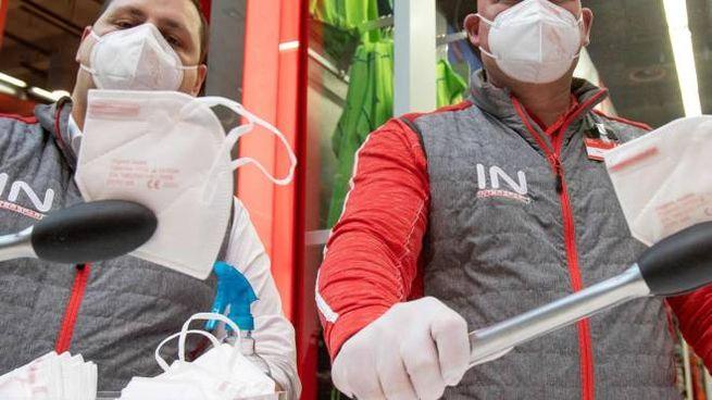 Anche il Cancelliere austriaco ha reso obbligatorie le mascherine FFP2 nei negozi e sui mezzi pubblici