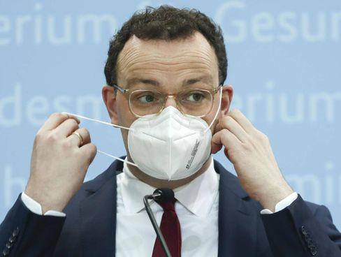 Il ministro della Salute tedesco Jens Spahn, 40 anni
