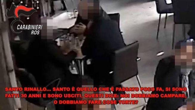 Un fermo immagine di un video emerso nell'inchiesta della Dda di Palermo (Ansa)