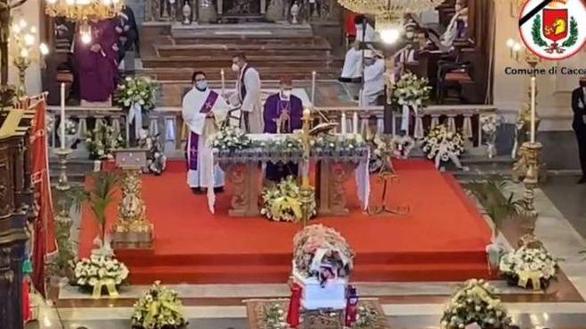 I funerali di Roberta Siragusa (Facebook Comune di Caccamo)