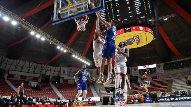 Basket serie A Varese Brindisi (Ciamillo)
