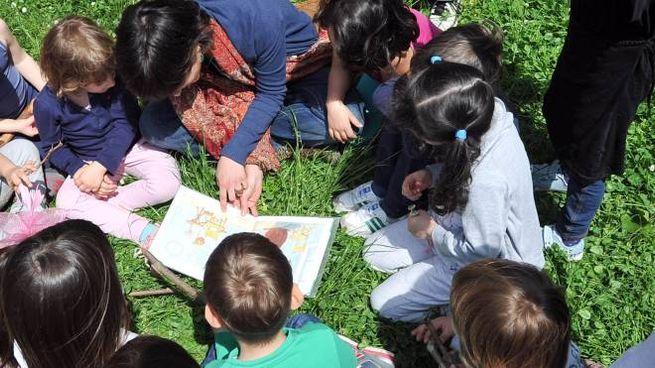 Bambini al centro estivo (foto d'archivio)