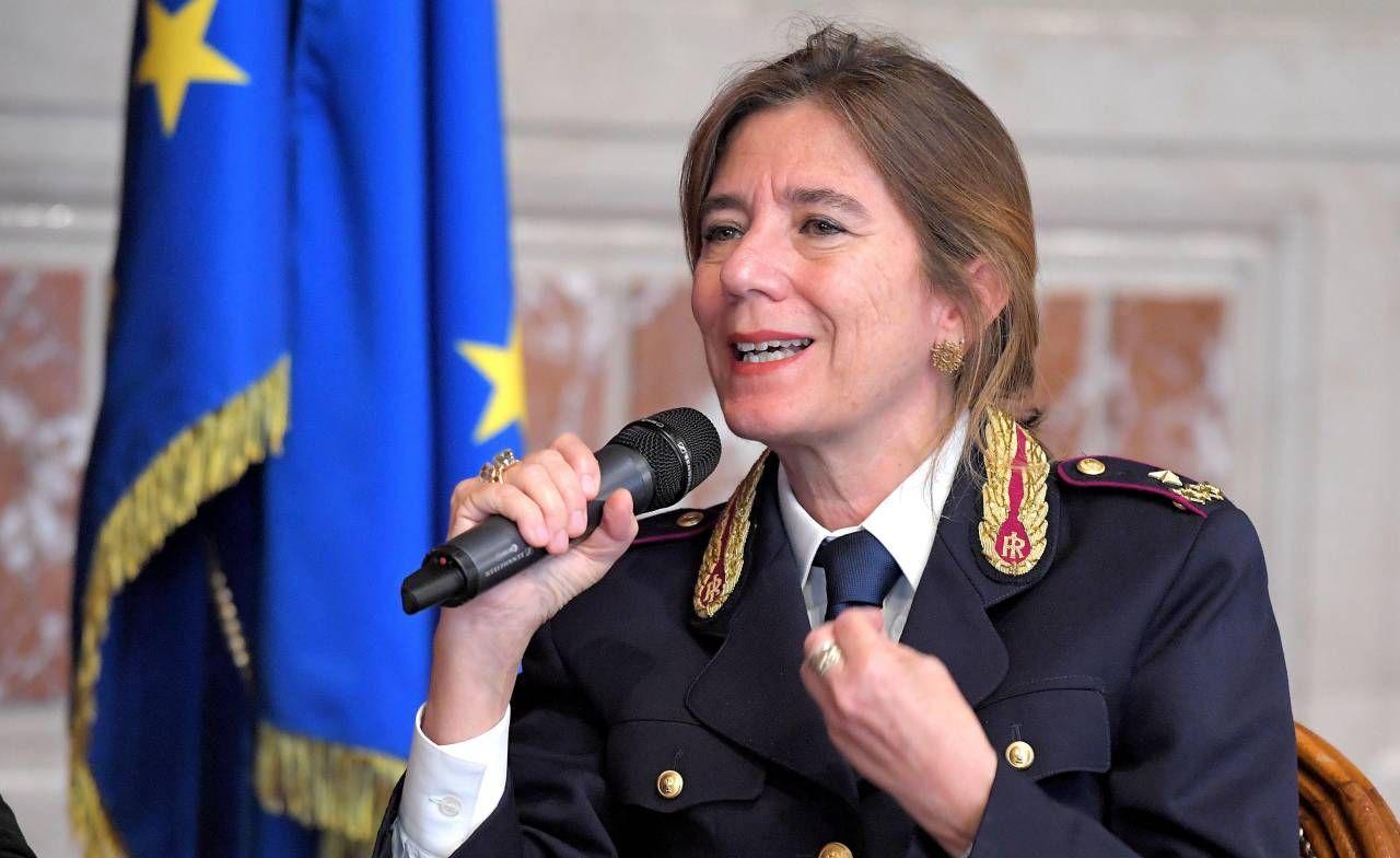Nunzia Ciardi, 61 anni, prima donna a dirigere la Polizia postale