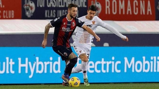 Bologna-Benevento: Dijks pressato da Depaoli (Ansa)