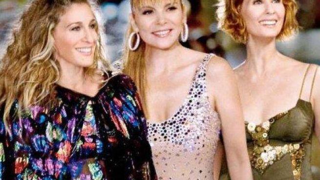 Sarah Jessica Parker, 55 anni, Cynthia Nixon, 54, e Kim Kattral, 64, sul set di 'Sex and the city'