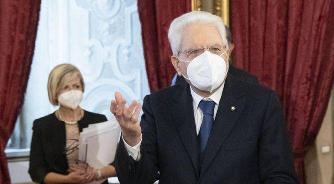 Sergio Mattarella, 79 anni. Quello Draghi è il quarto governo durante il suo mandato