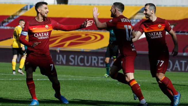 Veretout esulta per la doppietta all'Udinese (Ansa)