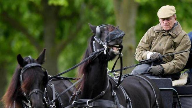 Il principe Filippo di Edimburgo (Ansa)