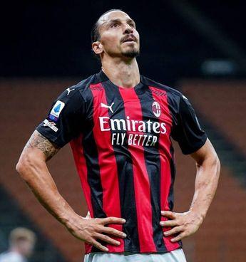Zlatan Ibrahimovic, 39 anni: 14 gol in campionato, 1 in Coppa Italia, ma ancora a zero in Europa League, dove però per infortunio ha giocato solo 3 gare su 6