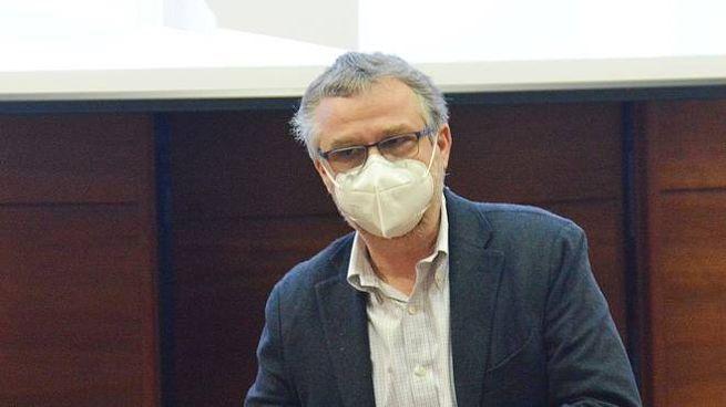 L'assessore regionale alla Sanità, Simone Bezzini (Tavanti)