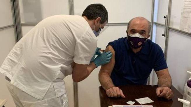 Rocco Commisso si sottopone al vaccino negli Usa