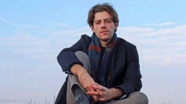 Manfredi, al secolo Antonio Guadagno, 22 anni, è originario di Salerno