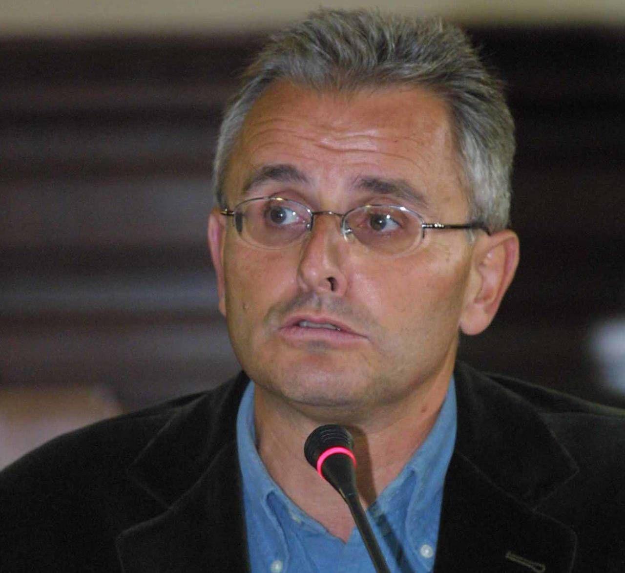 Giovanni Gozzini, 65 anni, è professore ordinario di Storia Contemporanea a Siena