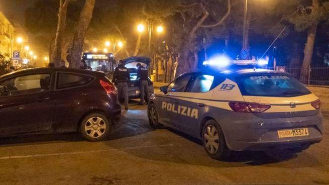 L'intervento della polizia (Foto Zeppilli)