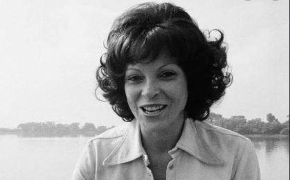 Annabell Battistella era nata nel 1936 a Partido di Nueve de Julio, in Argentina Spogliarellista, fu coinvolta in uno scandalo sessuale in Arkansas