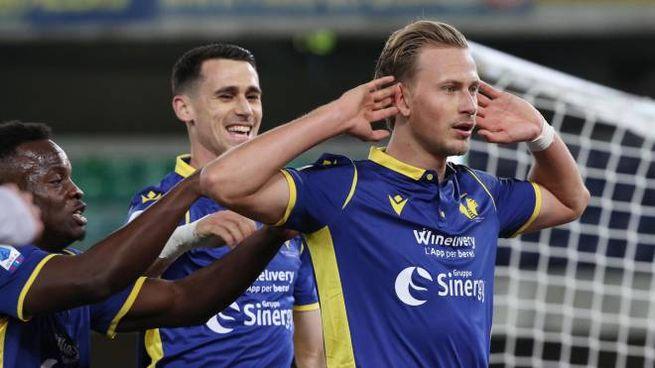 Hellas Verona-Juventus, Barak esulta dopo aver firmato l'1-1 (Ansa)