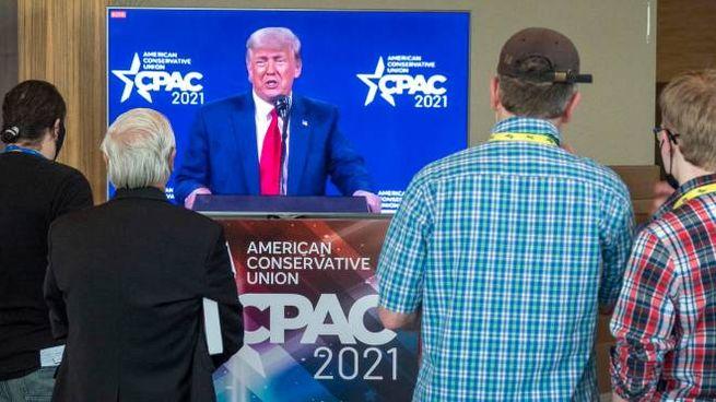 Donald Trump parla alla Cpac a Orlando (Ansa)
