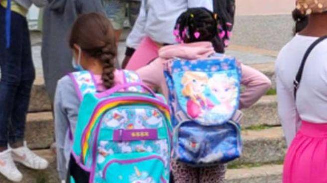 Ragazzine a scuola