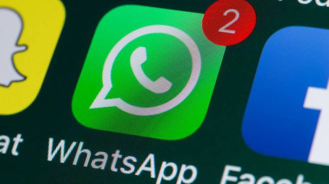 Immagini a tempo su WhatsApp