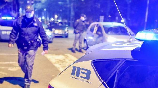 La donna e le complici sono state fermate dagli agenti del Commissariato