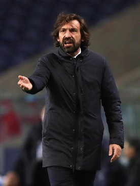 Andrea Pirlo, 41 anni. La Juve, con una gara in meno, segue l'Inter a 10 punti e il Milan a 4: a tredici turni dalla fine, un passo falso può valere l'addio allo scudetto