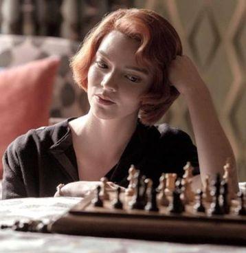 Ann Taylor Joy, la protagonista della serie tv di successo 'La regina degli scacchi'