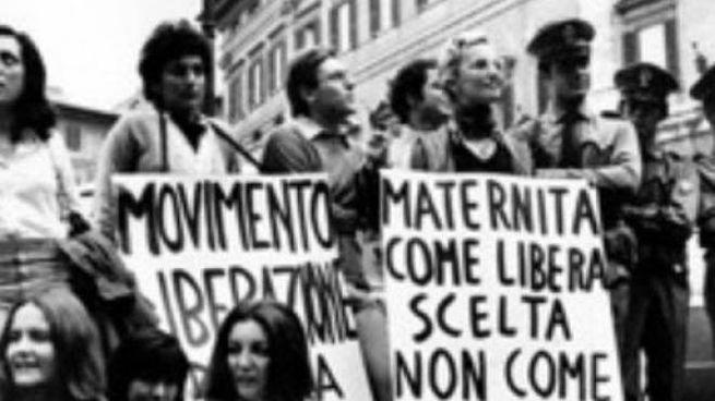 Una manifestazione dei movimenti per i diritti femminili negli anni Settanta