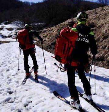 I Vigili del Fuoco hanno recuperato sul Monte Casarola i corpi dei due escursionisti