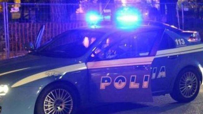 Una volante della polizia (Foto di repertorio)