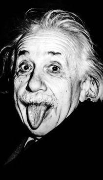 La foto scattata da Arthur Sasse ad Albert Einstein