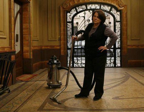 Il personaggio di Renée, la portinaia scontrosa del film L'eleganza del riccio (2009), tratto dall'omonimo romanzo