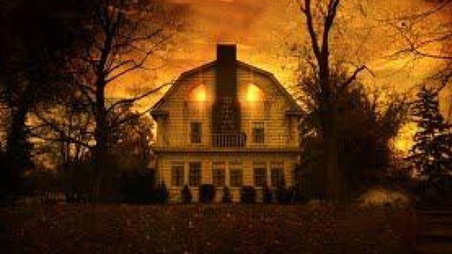 La locandina di 'Amityville Horror' (1979) di Stuart Rosenberg