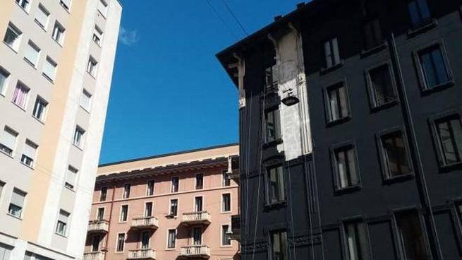 Il palazzo nero di via Aldovrandi