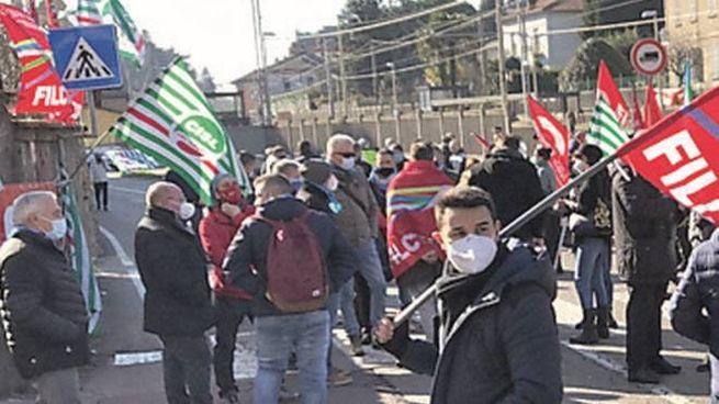 La protesta dei lavoratori, in una foto d'archivio (Cusa)