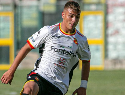 Pietro Santapaola centrocampista, classe 2003, giocava in Serie D nel Licata