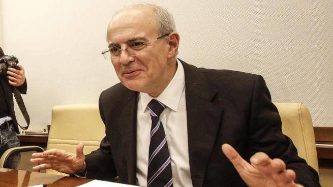 Il procuratore di Catania Carmelo Zuccaro (Ansa)